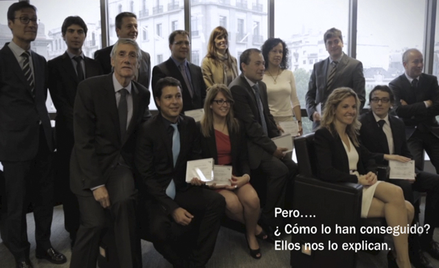 Awarding of diplomas to the best insurance salesperson of the month , Catalonian Division